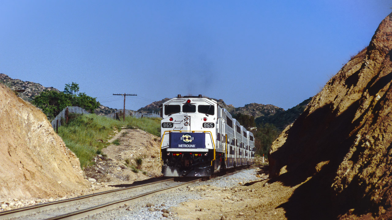 SCAX 865 (EMD F59PH) Simi Valley, CA