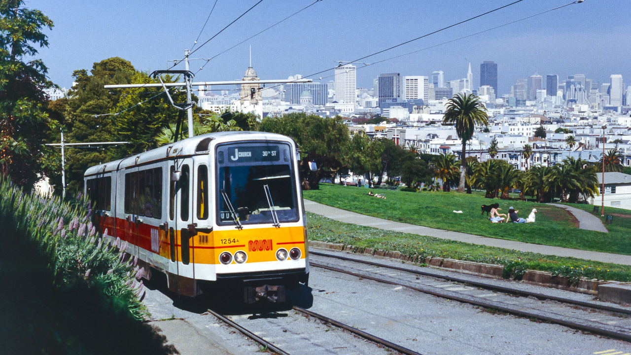 MUNI 1254 (Typ LRV) ROW/20th St, San Francisco, CA